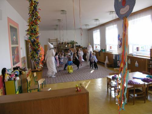 13. 2. 2015 – karneval ve školce