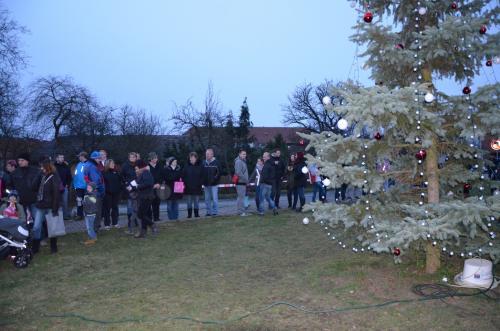 29. 12. 2015 – rozsvěcení vánočního stromu