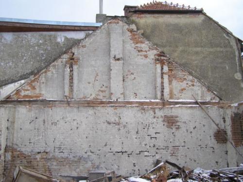 9. 2. 2009 Demolice Křížovy stodoly